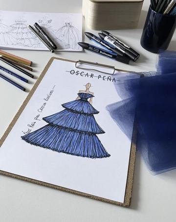 Boceto del vestido diseñado por Óscar Peña.